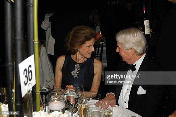 Annette de la Renta and Sid Bass attend Metropolitan Opera Opening Night Dinner at Lincoln Center on September 25 2006 in New York City