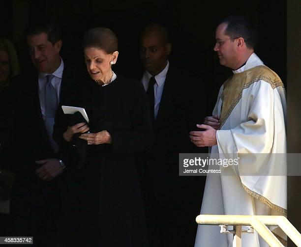 Annette de la Renta departs the funeral of fashion designer Oscar De La Renta at St Ignatius Of Loyola on November 3 2014 in New York City