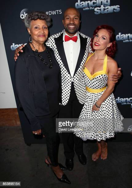 Annette Fisher her son former NBA player Derek Fisher and dancer Sharna Burgess attend 'Dancing with the Stars' season 25 at CBS Televison City on...
