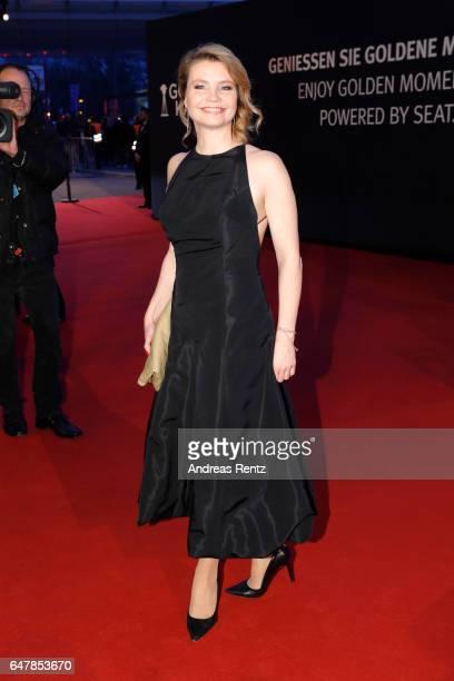 Annette Frier arrives for the Goldene Kamera on March 4 2017 in Hamburg Germany