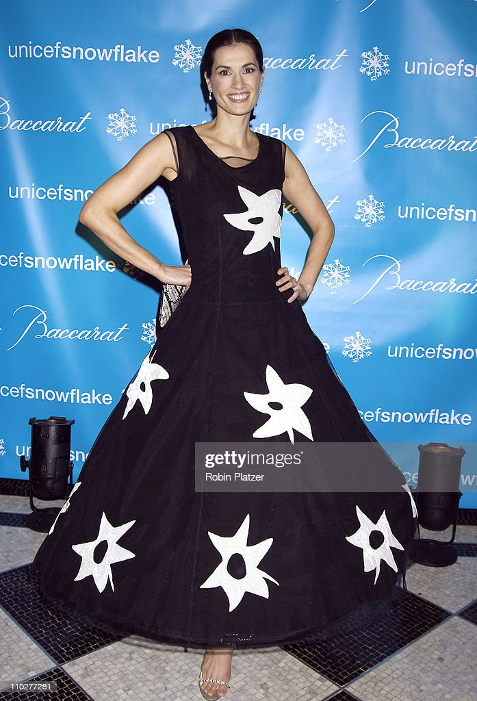 2nd Annual UNICEF Snowflake Ball - Arrivals : News Photo