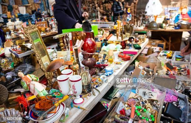 annex flea market in manhattan - garage sale stock pictures, royalty-free photos & images