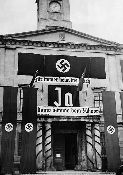 Propaganda Banners Ribbion Banners