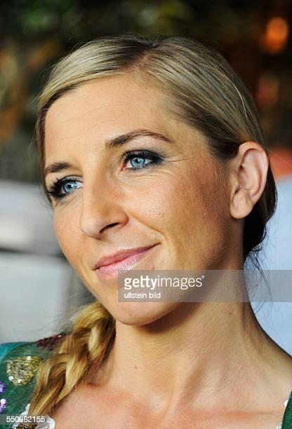 Anni Friesinger beim Bayerischen Sportpreis in der BMW Welt in München