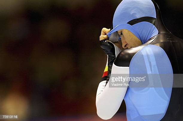 Anni Friesinger of Germany prepares for the start in the women's 1000m final during Day 2 of the Essent ISU Speed Skating World Cup at the Thialf Ice...