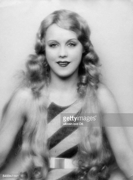 Anni Ondra Schmeling*actress Germanyportrait date unknown probably arround 1926photo by Atelier Martin Badekow