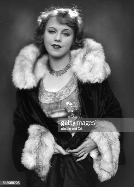 Anni Ondra Schmeling*actress Germanyportrait date unknown probably arround 1926photo by Martin Badekow