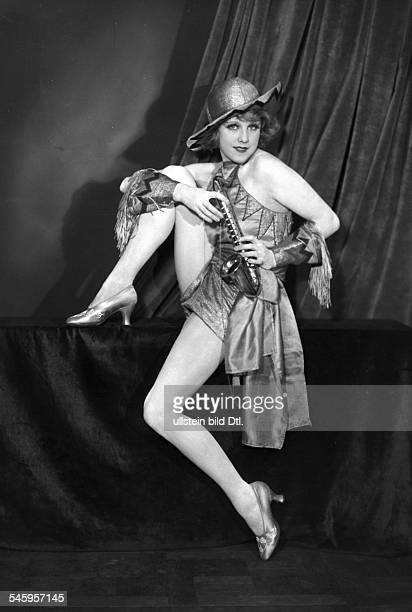 Anni Ondra Schmeling*actress Germanyportrait date unknown probably arround 1926photo by Atelier Martin Badekow