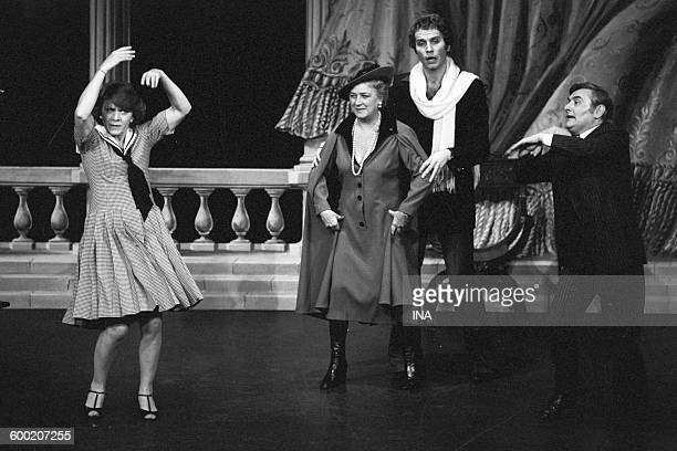 Annick Alane Jacqueline Maillan Roger Carel and Yvan Varco on stage in Jean Poiret's musical Féfé of Broadway