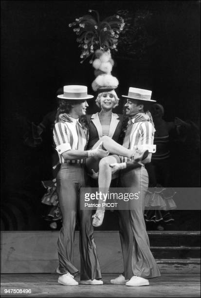 Annie Cordy in the show Envoyez la musique at the Porte St Martin Theater october 1982
