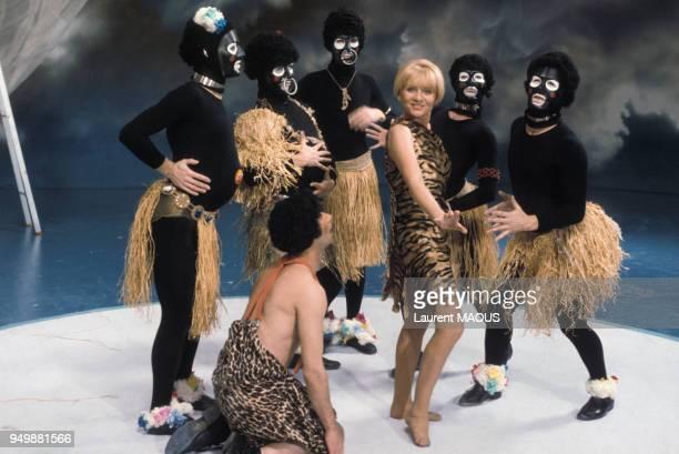 Annie Cordy lors d'une émission de télévision dans les années 70 à Paris France Circa 1970