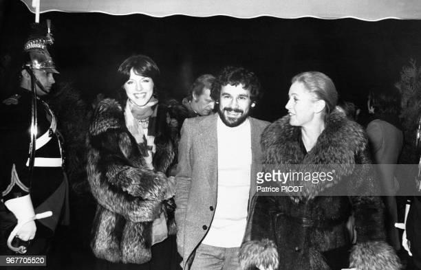 Annie Duperey Francis Perrin et Marie Dubois au Festival International de Cinéma de Paris le 18 novembre 1975 France