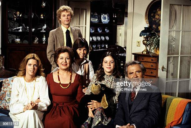 FAMILY 'Annie Laurie' Season Three 10/25/77 A female lawyer propositioned Doug Meredith BaxterBirney Sada Thompson Gary Frank Kristy McNichol and...