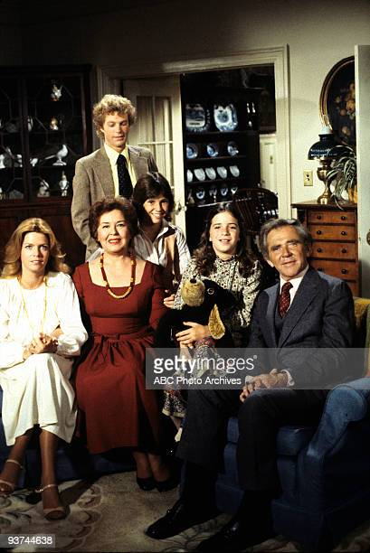 FAMILY Annie Laurie Season Three 10/25/77 A female lawyer propositioned Doug Meredith BaxterBirney Sada Thompson Gary Frank Kristy McNichol and Quinn...