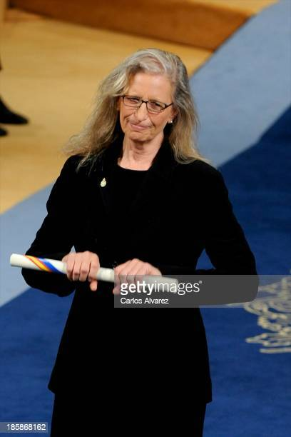 Annie Leibovitz receives the Prince of Asturias Award for Communication and Humanities during the 'Prince of Asturias Awards 2013' ceremony at the...