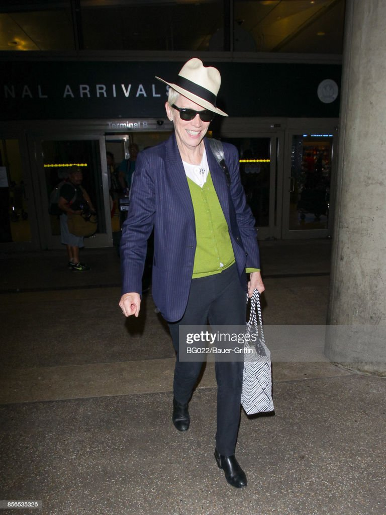 Celebrity Sightings In Los Angeles - October 01, 2017 : Nachrichtenfoto