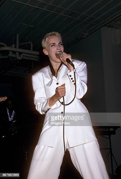 Annie Lennox performing in concert circa 1989 in New York City