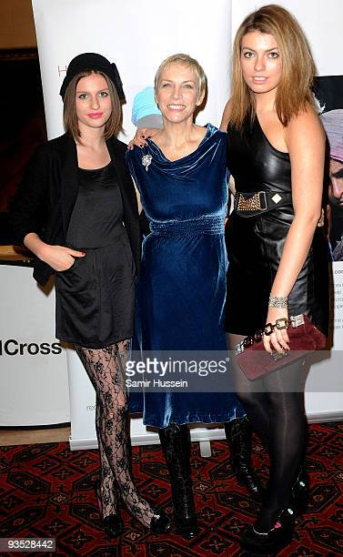 Annie Lennox poses with her daughters Lola Lennox and Tali Lennox at 'A Tribute to Annie Lennox' event in aid of the International Fundraising...