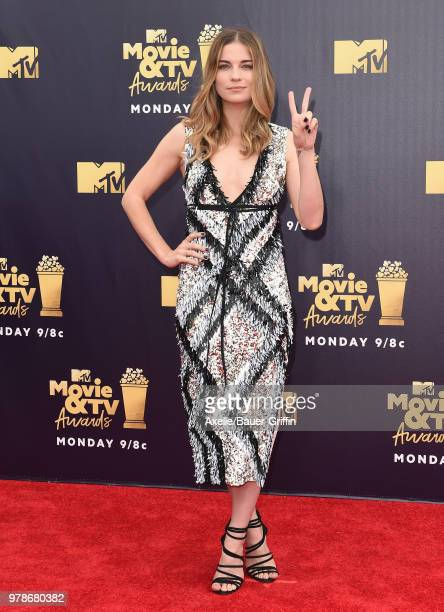 Annie Murphy attends the 2018 MTV Movie And TV Awards at Barker Hangar on June 16 2018 in Santa Monica California