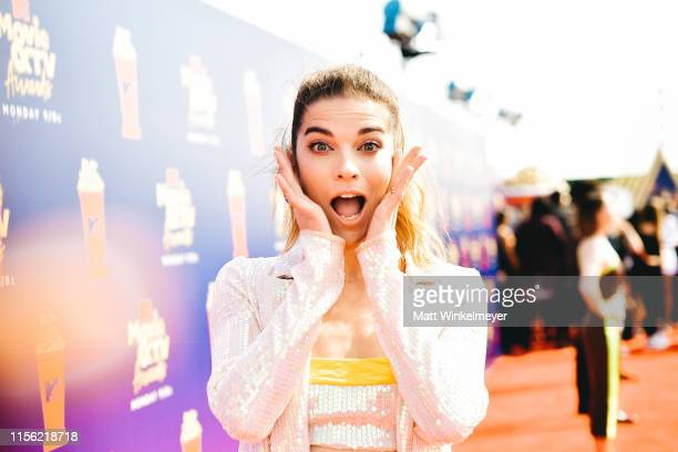 Annie Murphy attends the 2019 MTV Movie and TV Awards at Barker Hangar on June 15 2019 in Santa Monica California