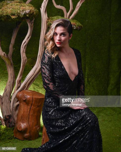 Annie Murphy poses in the 2018 Canadian Screen Awards Broadcast Gala Portrait Studio at Sony Centre for the Performing Arts on March 11 2018 in...
