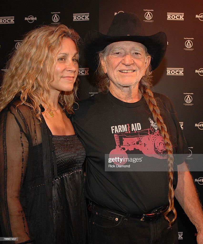 Willie Nelson Helps Launch the Sustainable Biodiesel Alliance at the Hard Rock in New York City : News Photo