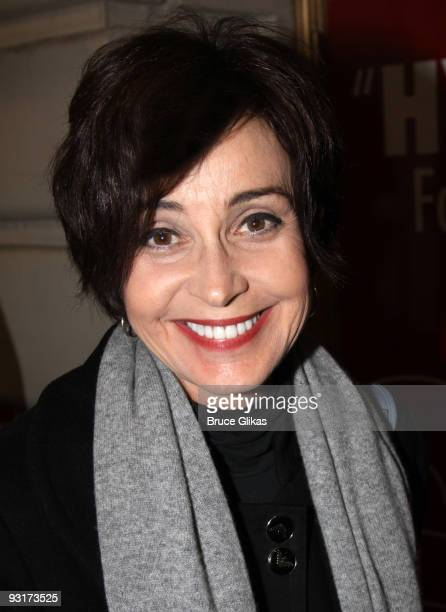 Annie Potts poses at 'God of Carnage' on Broadway at The Bernard B Jacobs Theatre on November 17 2009 in New York City