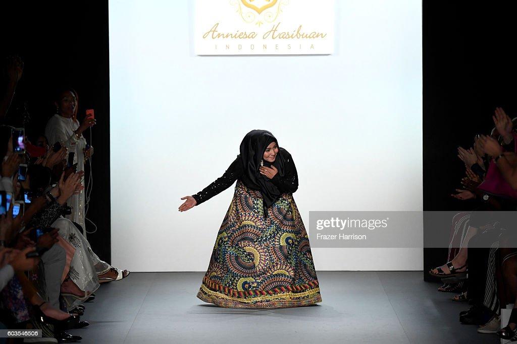 Anniesa Hasibuan - Runway - September 2016 - New York Fashion Week: The Shows : News Photo