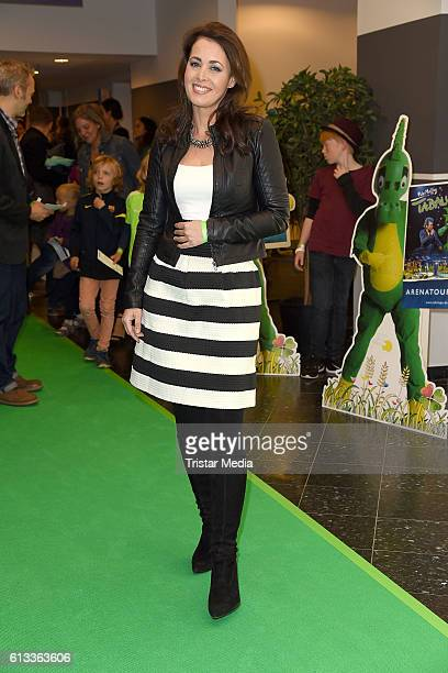 Annika de Buhr attends the 'Tabaluga Es lebe die Freundschaft' Premiere on October 7 2016 in Hamburg Germany