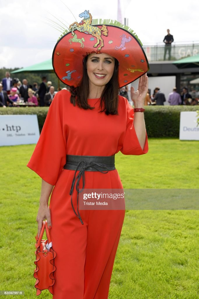 Annika de Buhr (hat of Pop Up Artist Della) during the Audi Ascot Race Day (Renntag) 2017 on August 20, 2017 in Hanover, Germany.