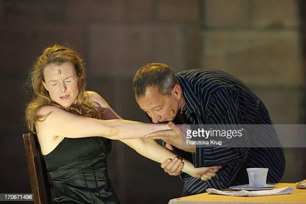 Annika Pages Und Roland Renner Bei Der Fotoprobe Zu Den 'Nibelungenfestspielen' In Worms