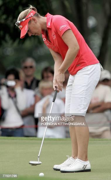 Annika Sorenstam of Sweden plays a ball during the third round of the Honda LPGA golf tournament in Pattaya 27 October 2007 AFP PHOTO/Pornchai...