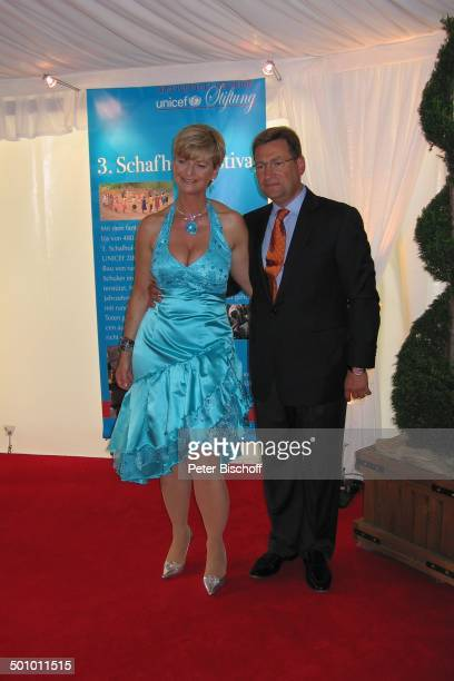 AnnKathrin Linsenhoff Ehemann KlausMartin Rath BenefizGala 4 SchafhofFestival für UNICEF 2007 Kronberg im Taunus Hessen Deutschland Europa Schafhof...