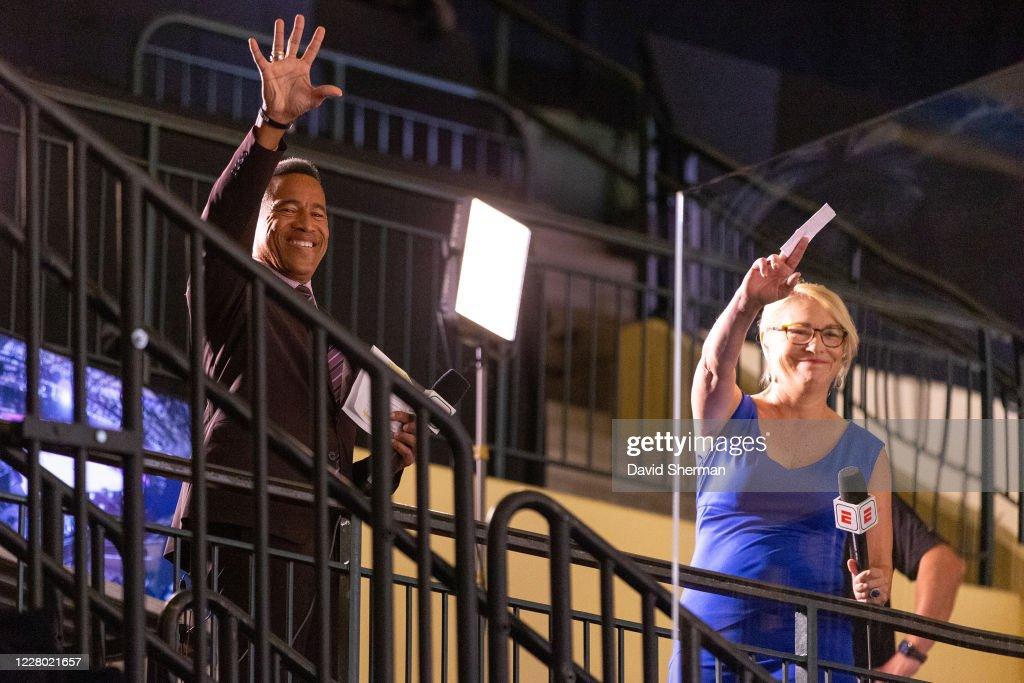 Espn Announcer Mark Jones And Nba Analyst Doris Burke Smile Before News Photo Getty Images