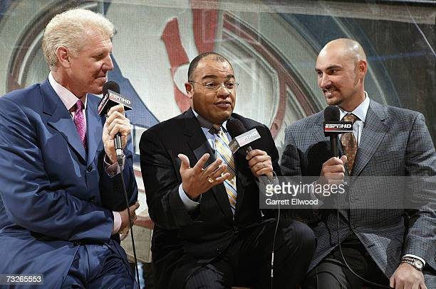ESPN announcers Bill Walton Mike Tirico and former NBA player Jon Barry discuss the game before the game between the San Antonio Spurs and the Denver...