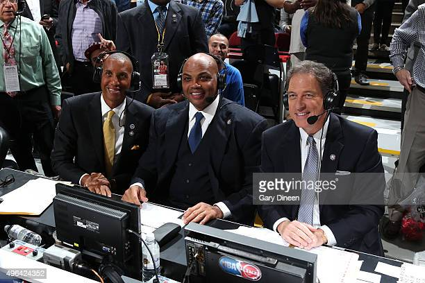 TNT announcers Reggie Miller Charles Barkley Kevin Harlan during the game between the Oklahoma City Thunder and the Chicago Bulls on November 5 2015...