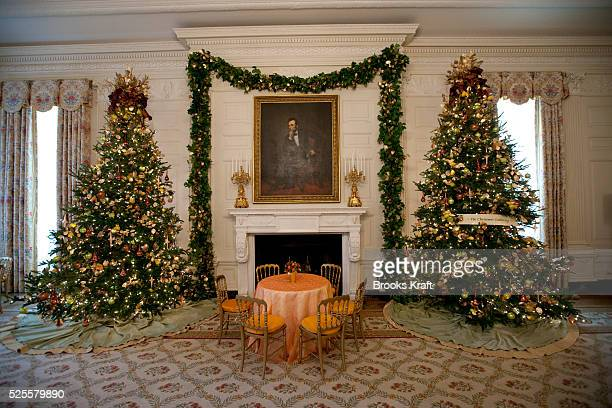 Annual Holiday Decorations Adorn The State Dining Room At White House In Washington Feautures