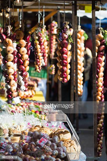 annual onion market in bern, switzerland - bern stock pictures, royalty-free photos & images