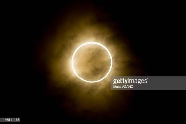 annular eclipse in tokyo - annular solar eclipse stock pictures, royalty-free photos & images