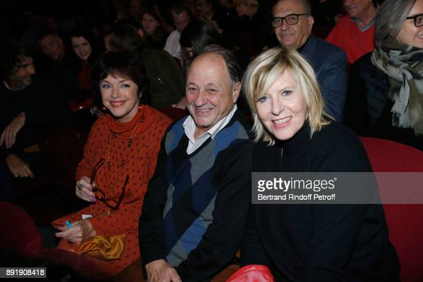 Anny Duperey Chantal Ladesou and her husband Michel Ansault attend Fred Testot performs in his One Man Show 'Presque Seul' at Theatre de la Tour...