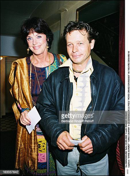 """Anny Duperey """"Chris Campion"""" at the preview of the play """"Petits Crimes Conjugaux"""" at the Edouard VII theater actress actor comedian."""