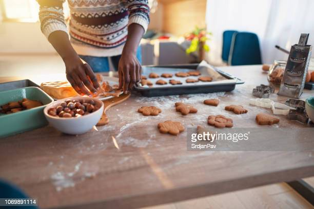 another delicious holiday - gingerbread cookie stock pictures, royalty-free photos & images