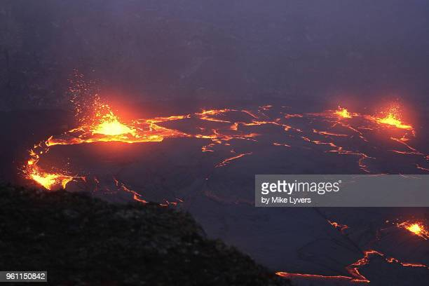 another view of the spattering lava lake of pu'u o'o crater, may 2011. - pu'u o'o vent stock pictures, royalty-free photos & images