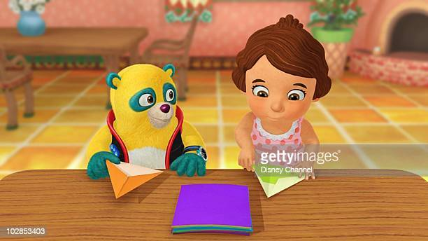 OSO 'Another Way to Fly' Special Agent Oso swoops in to show Lizzie how to make a paper airplane This episode of Playhouse Disney's 'Special Agent...
