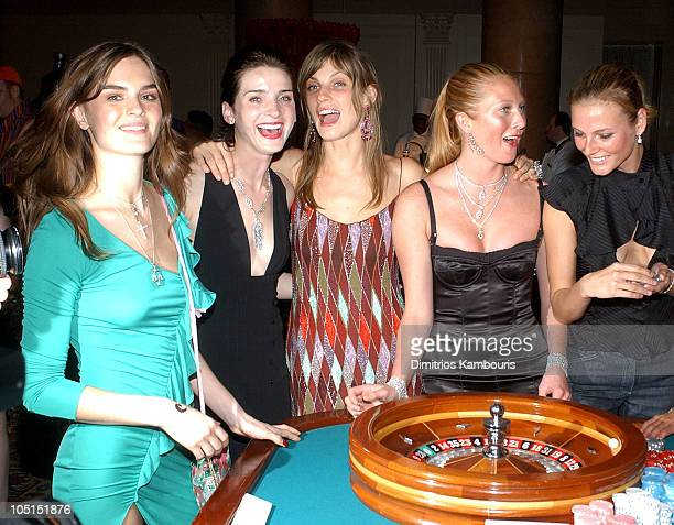 Anouck Lepere Michele Hicks Angela Lindvall Maggie Rizer and Bridget Hall