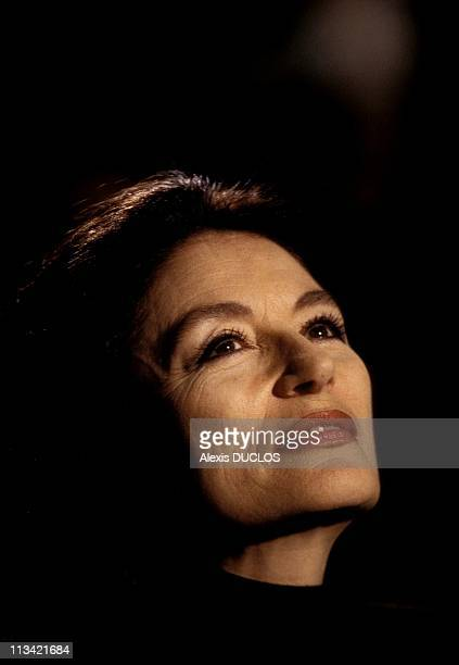 30 Top Close Up Anouk Aimee Pictures Photos And Images