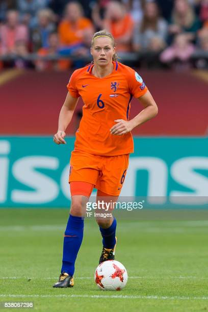 Anouk Dekker of the Netherlands controls the ball during their Group A match between Netherlands and Norway during the UEFA Women's Euro 2017 at...