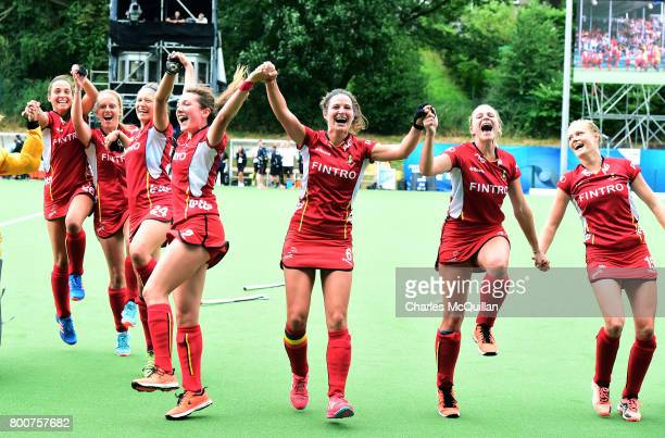 Anouk Raes of Belgium celebrates with her team mates after the FINTRO Women's Hockey World League SemiFinal Pool B game between Belgium and New...