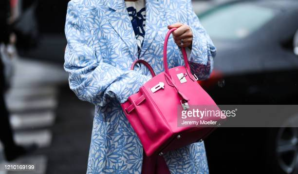 Anouki Areshizde is seen wearing a pink Hermes bag and Jacquemus blazer outside Stella McCartney show during Paris Fashion week Womenswear...
