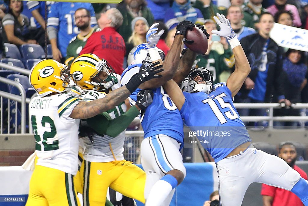 Anquan Boldin #80 of the Detroit Lions comes down with the ball for a touchdown with 23 seconds in the game against the Green Bay Packers at Ford Field on January 1, 2017 in Detroit, Michigan. The Packers defeated the Lions 31-24.